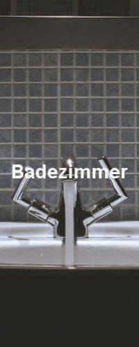Ein laufender Wasserhahn im edlen Design.